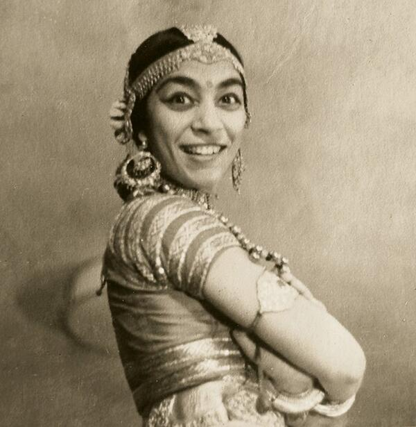 A rare pic of Zohra Sehgal (1912-2014) via Indian Memory Project on Fb http://t.co/wFyd1Hh47t