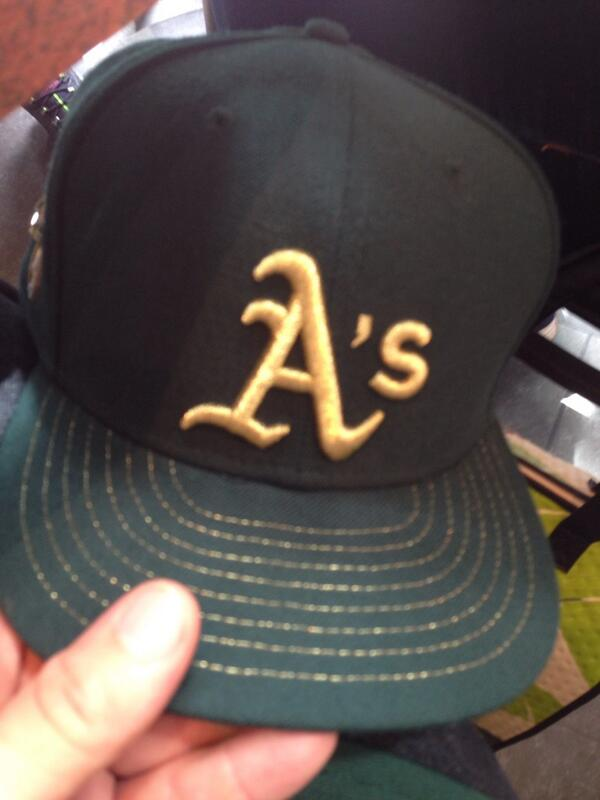 Goin' to the @Athletics vs @SFGiants with the fam wearing.... A's gear haha #BattleOfTheBay http://t.co/g9a73tjG1c