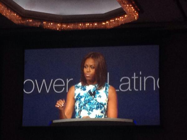@MigraUSA Primera Dama Michelle Obama resalta la importancia de la educación en Latinos #LULAC14 http://t.co/B9G1bGIZnm