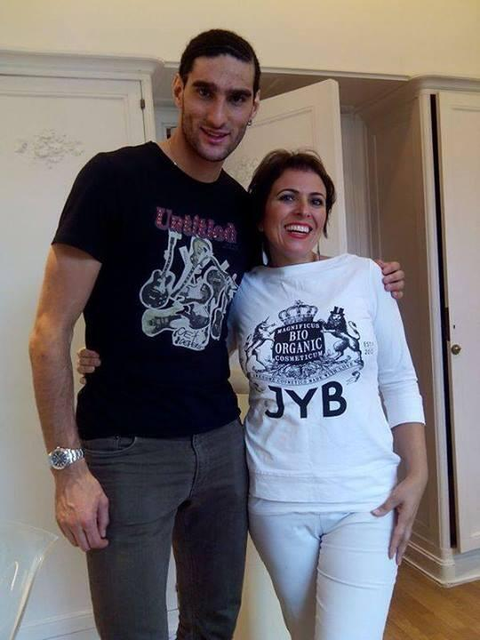 Pic: Marouane Fellaini shaves off his famous afro