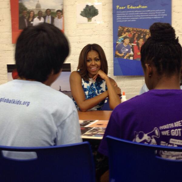 The First Lady stopped by @GlobalKids this morning to highlight the importance of summer learning. #ReachHigher http://t.co/RvvHTPloXt