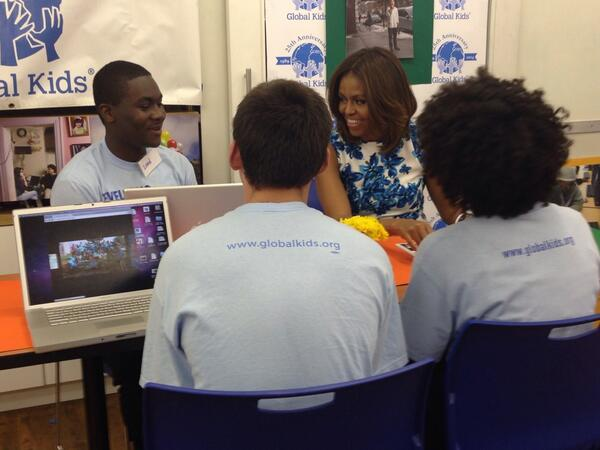 These students at @GlobalKids showed FLOTUS the social media projects they created with kids in Bosnia. #ReachHigher http://t.co/kFpcqLkDCR