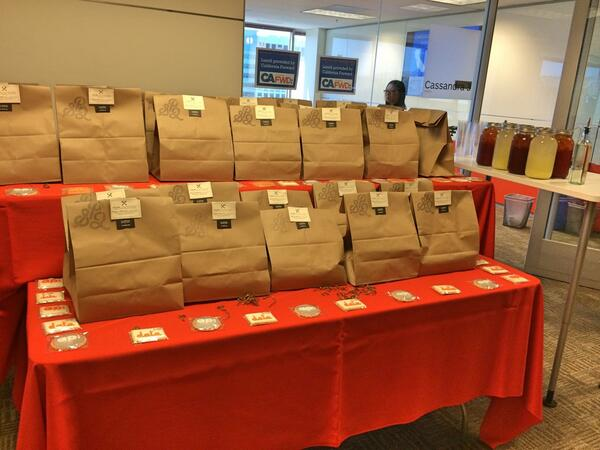 Lunch has arrived. Guests are arriving. The convo is about to get kickstarted. #opendataSJ #excited #Lunchtime http://t.co/OlXI9w7YUP