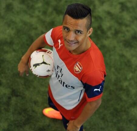 Welcome Alexis Sanchez! Come on Arsenal! #afc #transfer #gooners #poldi #aha #redarmy http://t.co/cT59uXxyY9