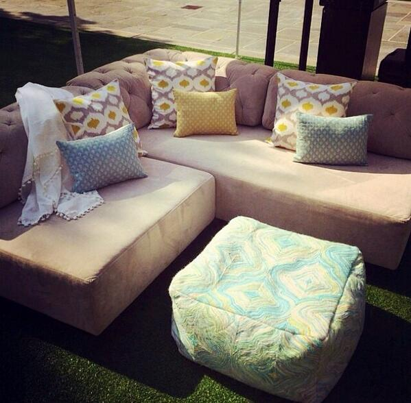 Want a #MoviesAS under the stars on comfy VIP couches from @ZGallerie or @westelm? RT for a chance to win! http://t.co/d0M9BoZ47G