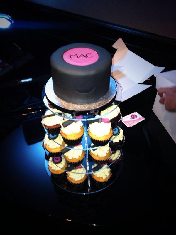 The Makeup Artist on Twitter My yummy birthday cake makeupartist