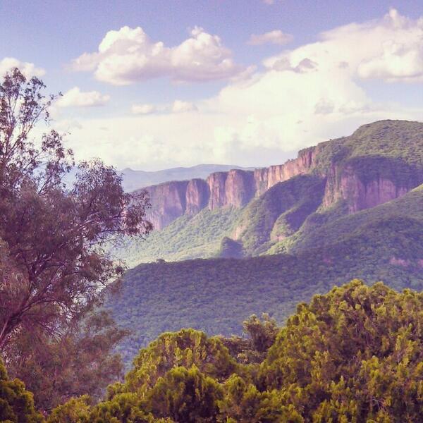 La Barranca de Huentitán http://t.co/7hNIFbFd2J