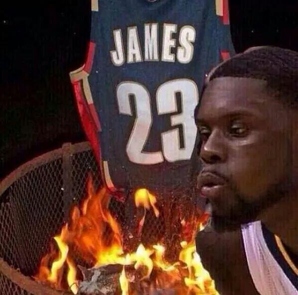 It's official! LeBron James is going back home to the Cavs! Lance Stephenson, take it away! http://t.co/oNMtZaKgsx