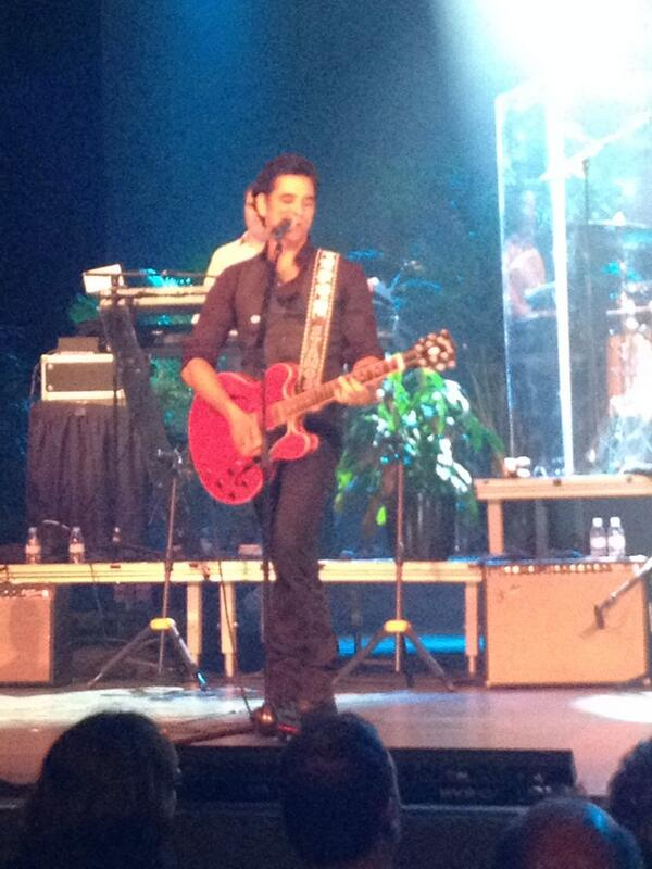 Saw #John Stamos last night with the Beach Boys! You guys rocked! <br>http://pic.twitter.com/IUrPchLnr3