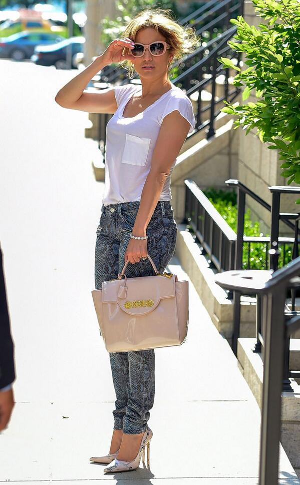 ea549778d4c9 cute pink accessories with a casual outfit another winning jlo fashion  formula
