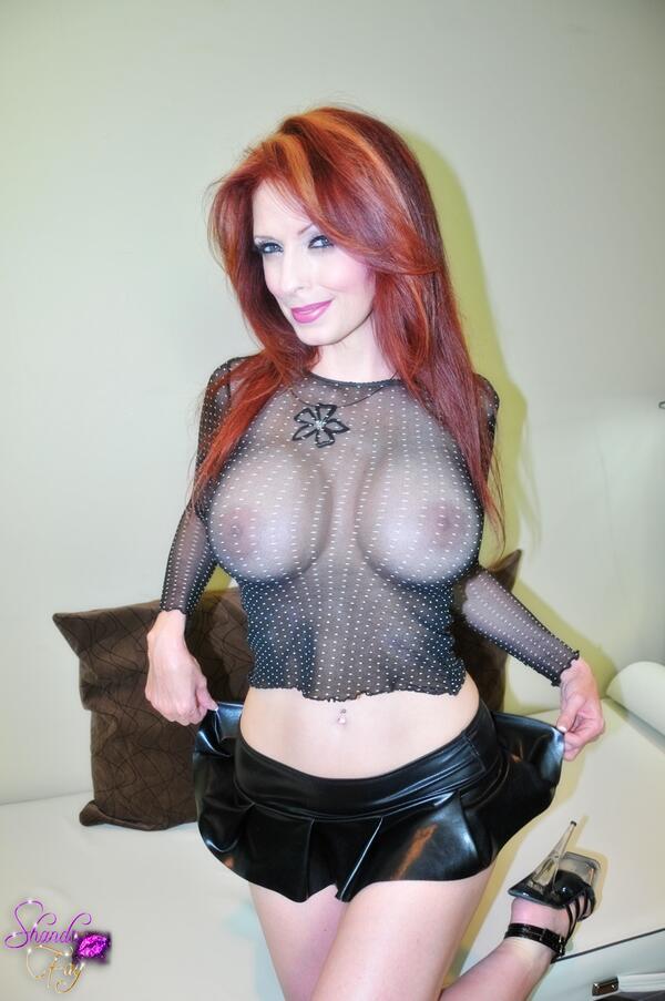Sexy milf shanda fay dressed as slutty batwoman - 5 6