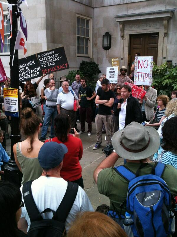 .@davidgraeber discussing global justice movement & prospects 4 #noTTIP. IMF & WTO booted out of Latin America. #olsx http://t.co/5Edz4wKJup