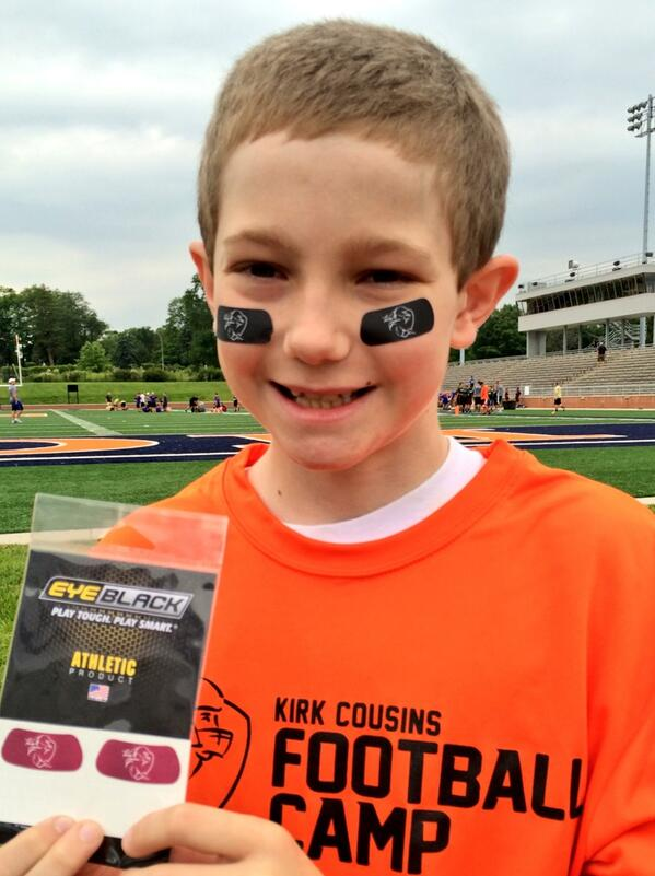 Kirk cousins on twitter the custom eyeblack stickers are a hit http t co q7ymrwnhla