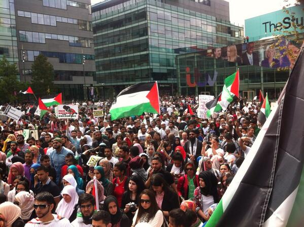 @Omar_Gaza today #Protest against @BBCNews biased Media #Manchester media city #FreePalestine #Gaza #FreeAl-Aqsa http://t.co/XnTb6QaiZn