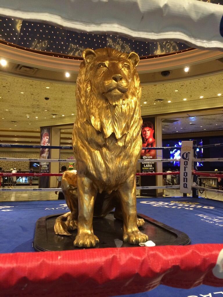 a5b74ebe2861c MGM Grand Hotel on Twitter: