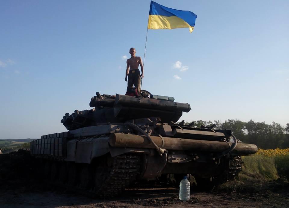 Волонтеры передали танковой бригаде, переброшенной в зону АТО, 80 бронежилетов - Цензор.НЕТ 8943