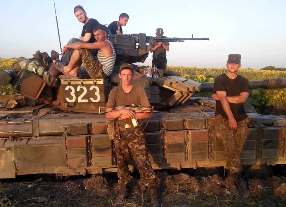 Волонтеры передали танковой бригаде, переброшенной в зону АТО, 80 бронежилетов - Цензор.НЕТ 5366
