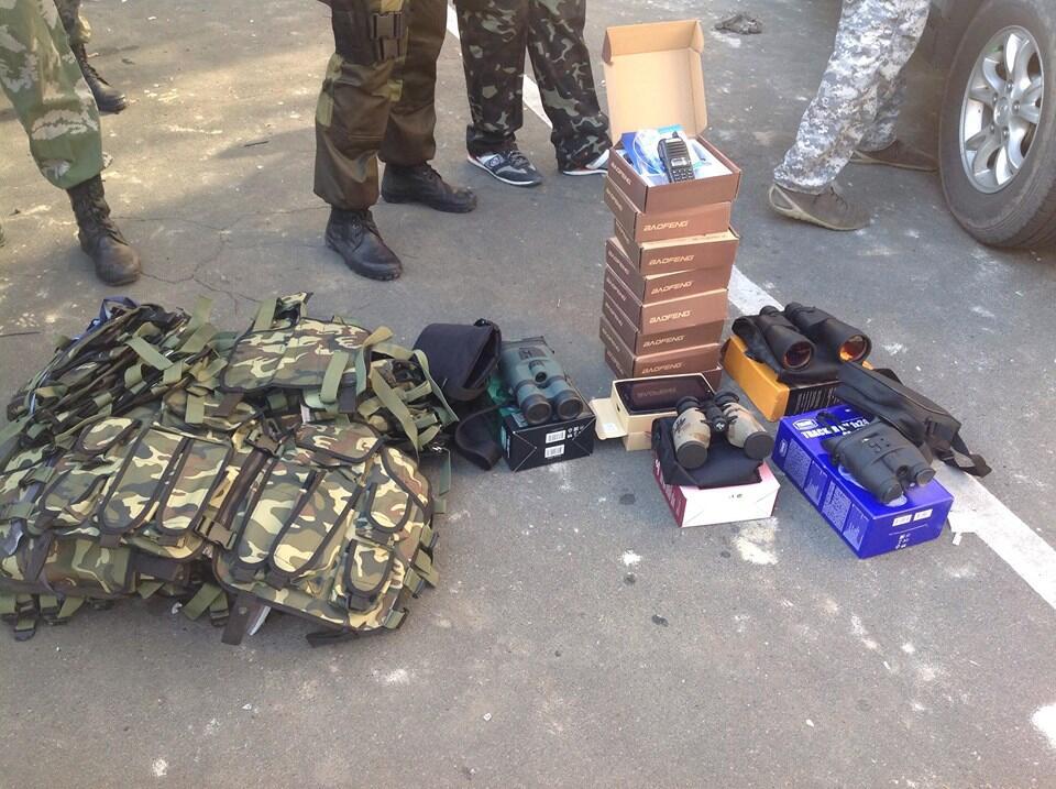 Волонтеры передали танковой бригаде, переброшенной в зону АТО, 80 бронежилетов - Цензор.НЕТ 7964