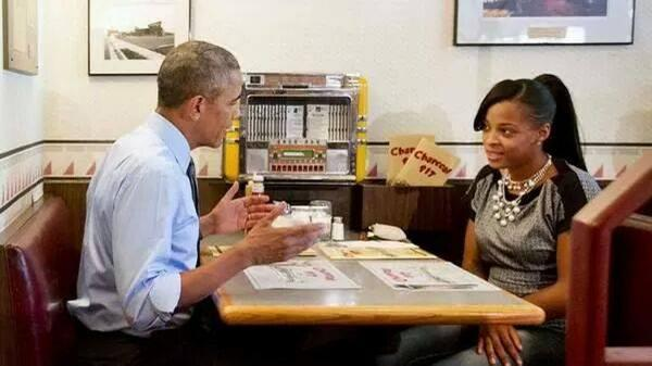 MT @NBCLA Single mom emails finc'l frustrations2 Obama, gets response from president in person http://t.co/xpBVbbCKOM http://t.co/481IOlbAbM