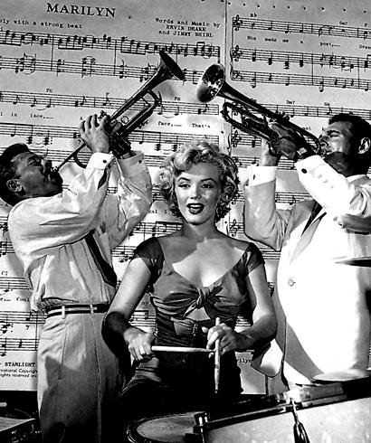 Pop Goes On Twitter Drums A Go 1952 Cinema Jazz Photo Classicstars Nostalgia Vintage Marilyn MarilynMonroe Retro 50s