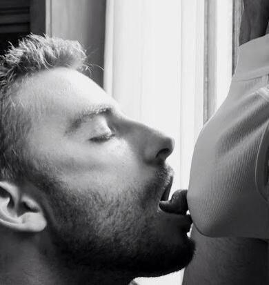 Men lick Gay