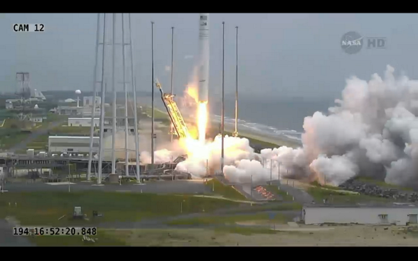 And we have launch of #Orb2 to the #ISS http://t.co/rbl7u1sKUa