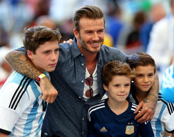 Tenemos a los Beckham a favor #VamosArgentina http://t.co/8EKi093lGE