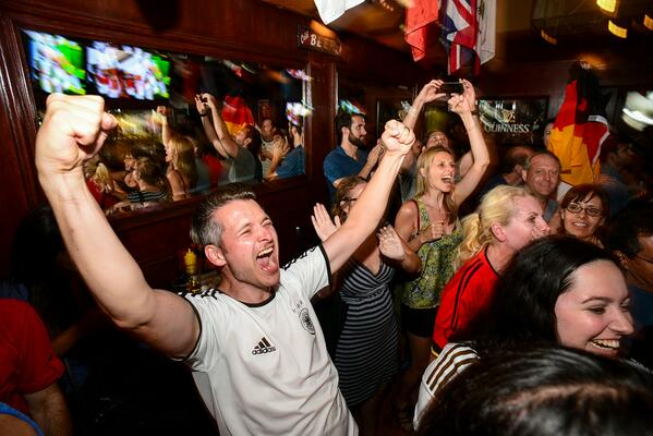 Photos: Fans watch Germany win the World Cup in Hollywood - LA Daily News Media Center http://t.co/1sBSSD50Ni http://t.co/LmSEFEWTmm