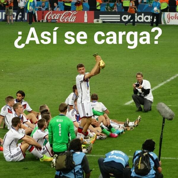 Ensayando para evitar un Sergio Ramos. #meme #ClausuraDelMundial #GermanyChampion #GER vs #ARG http://t.co/nizcwvgYIr