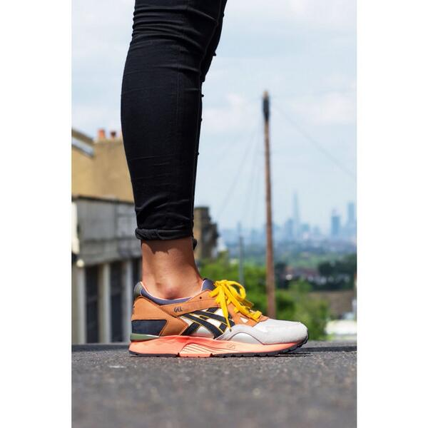 asics gel lyte v midnight bloom