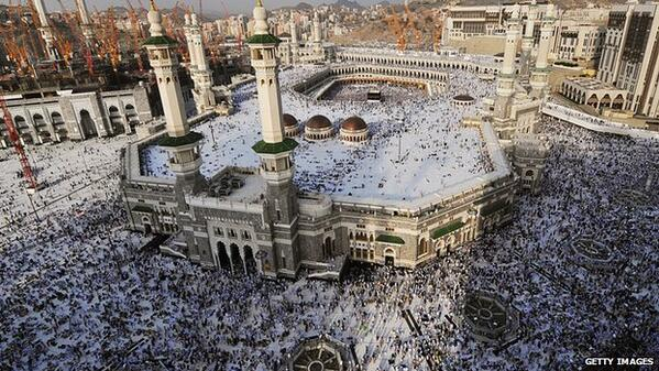 The sound system at Mecca's holiest site can be heard over five miles away http://t.co/RReFusj3bb #NewsFromElsewhere http://t.co/Aepe0cu8pu