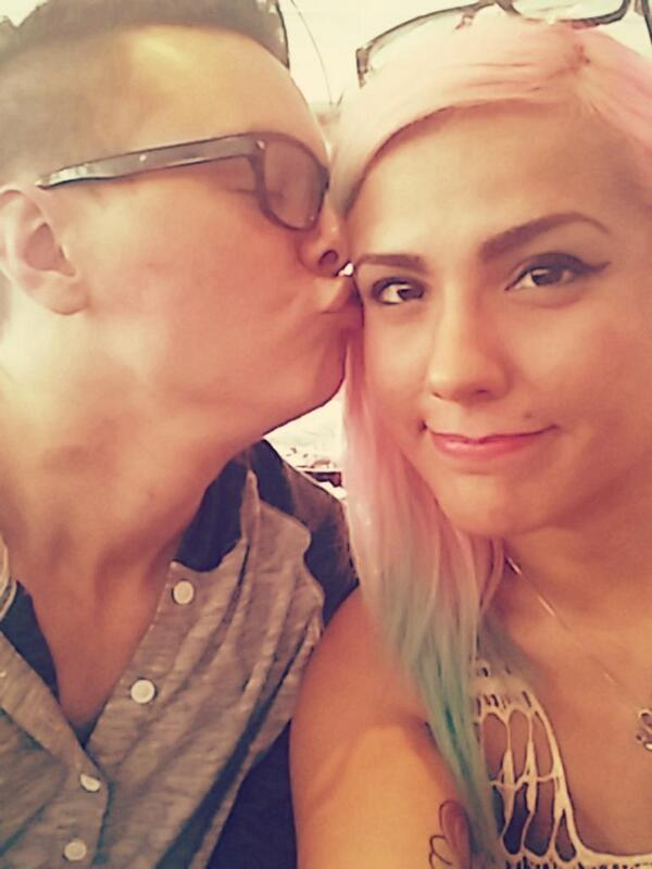 are zombiunicorn and mlghwnt still dating