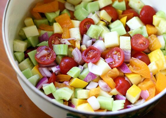 A simple summer salad that gets better all week...http://t.co/f629PL2ZtA http://t.co/MLfzcwPkVQ