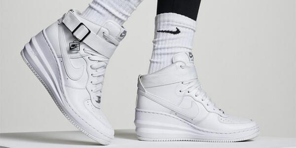 nike lunar force 1 sky hi white