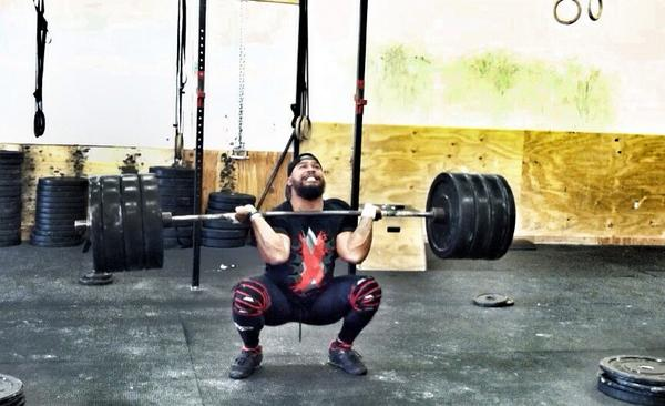 """@KawikaHenderson: Back with more motivation @xplosiveape #cleans #frontsquat WOD 1 today @ShakasAndSnatch @SICFIT http://t.co/RM7ts89tSa"""
