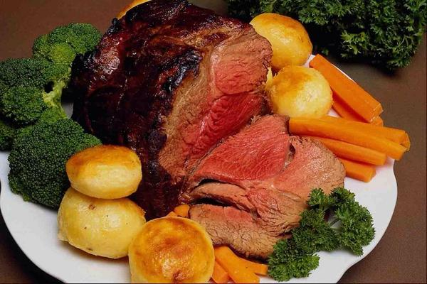 we supply only the finest #beef for that #traditionalsundayroast #familytime #likemotherusedtomake