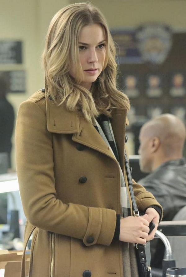 Get excited! #Revenge returns Sunday, September 28 at 10|9c on ABC. http://t.co/nYRLTXxu3o