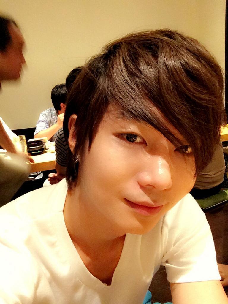 140715 HyoSeok Ѽ Twitter ♬ Bonne nuit BsmPDxKCEAAECV7