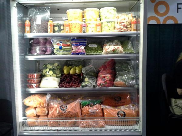 Look a real food vending machine for schools. http://t.co/BA2aNiG8Qz