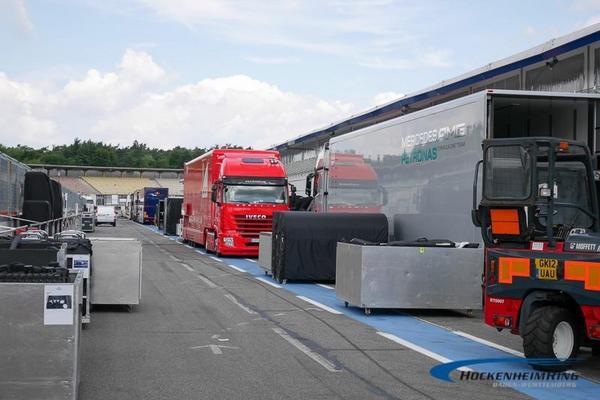 """Box, box, box""! Pit stop for the @MercedesAMGF1 truck! ;) #F1 #GermanGP"