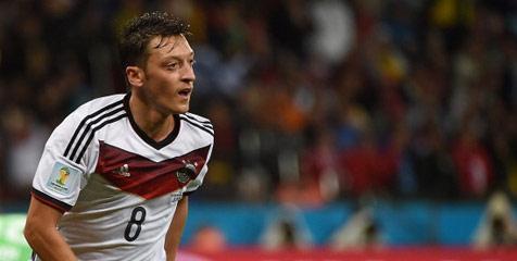http://t.co/bIMsX7QozS - Ozil Sumbangkan hadiah Piala Dunia Untuk Gaza http://t.co/3zJhD19XaT