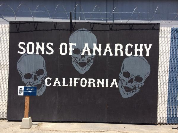 Thanks @ECharlieHunnam @KateySagal @Theorossi @KimFCoates for a great day on the @SonsofAnarchy set! #SOAFX http://t.co/y2Sxsar7AR