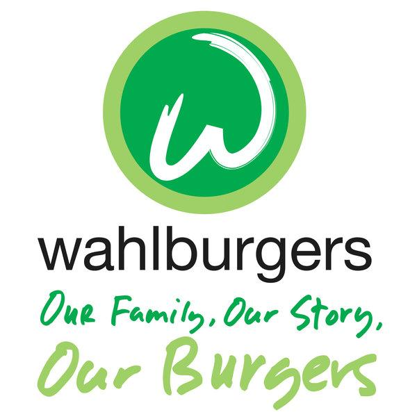 .@Wahlburgers & @WahlburgersAE will be @ #FaneuilHall 7/26 - head down 2 try a #FREE burger!   http://t.co/eDdgJNQzGb http://t.co/cKMkTKrsUw