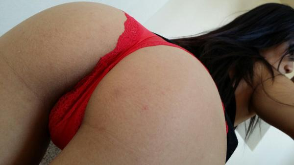 Booty in your face!! #humpday #booty http://t.co/JGGwJNrDqR