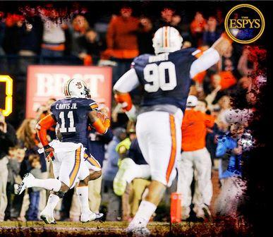 Auburn wins second ESPY, now for play of year, as Chris Davis beats Tide again. Updated story http://t.co/UoEL6GRKcT http://t.co/hRiRaI81oV
