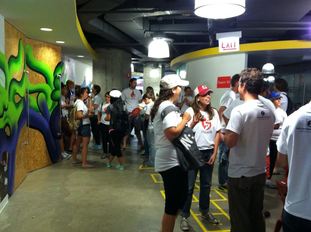 Twitter / MobileMollusk: Staff crowd the halls at the ...