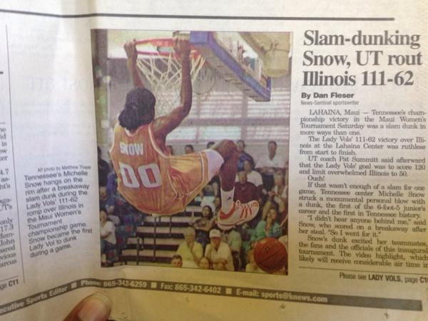 My first dunk... http://t.co/LHU0KHq72Y
