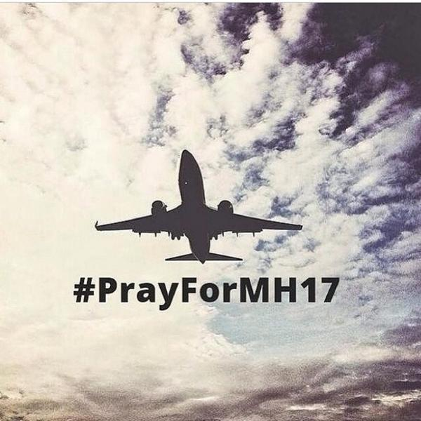 Another sad news for Malaysia, Flight MH17 crashed in Ukraine. Let's all include them in our prayers. #PrayForMH17 http://t.co/vIqq2VSww8