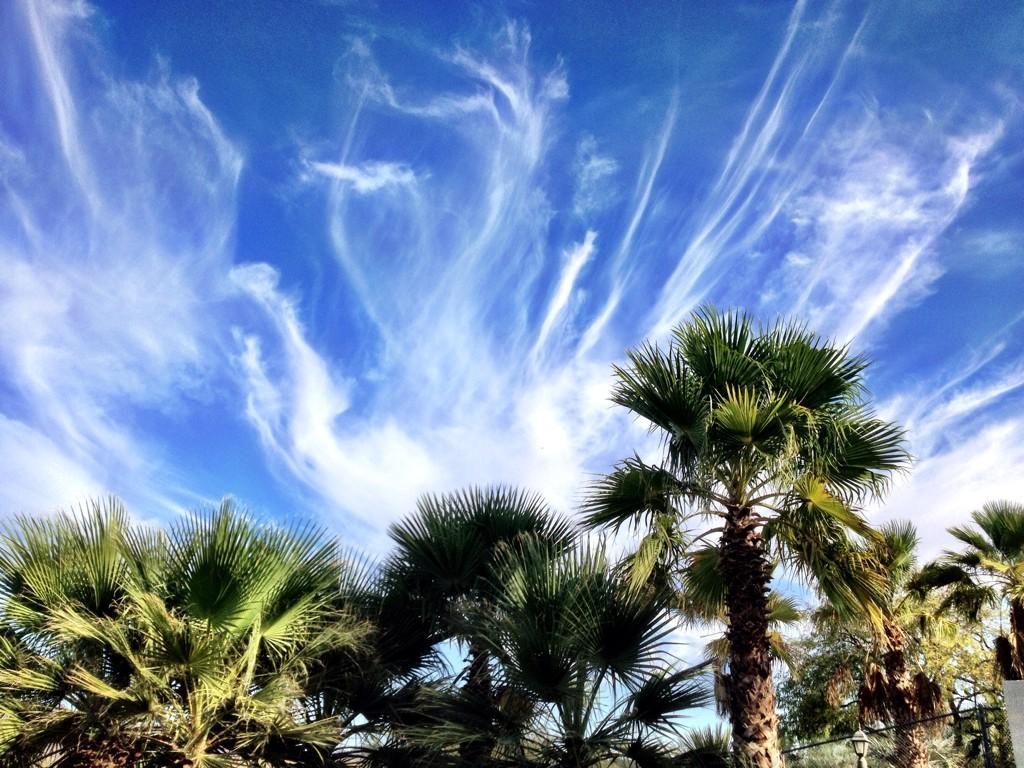Twitter / alizasherman: Funky clouds #yuma ...