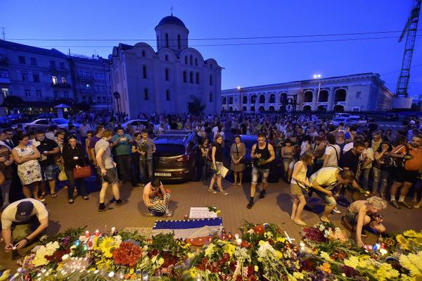 In 16 pictures: The crash, the mourning, the memorials.  http://t.co/nUhGhF0Iwd #mh17 #ukraine http://t.co/GJuc7Q2hma